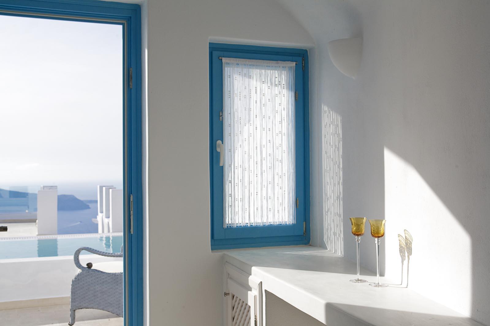 Above Blue Suites Santorini