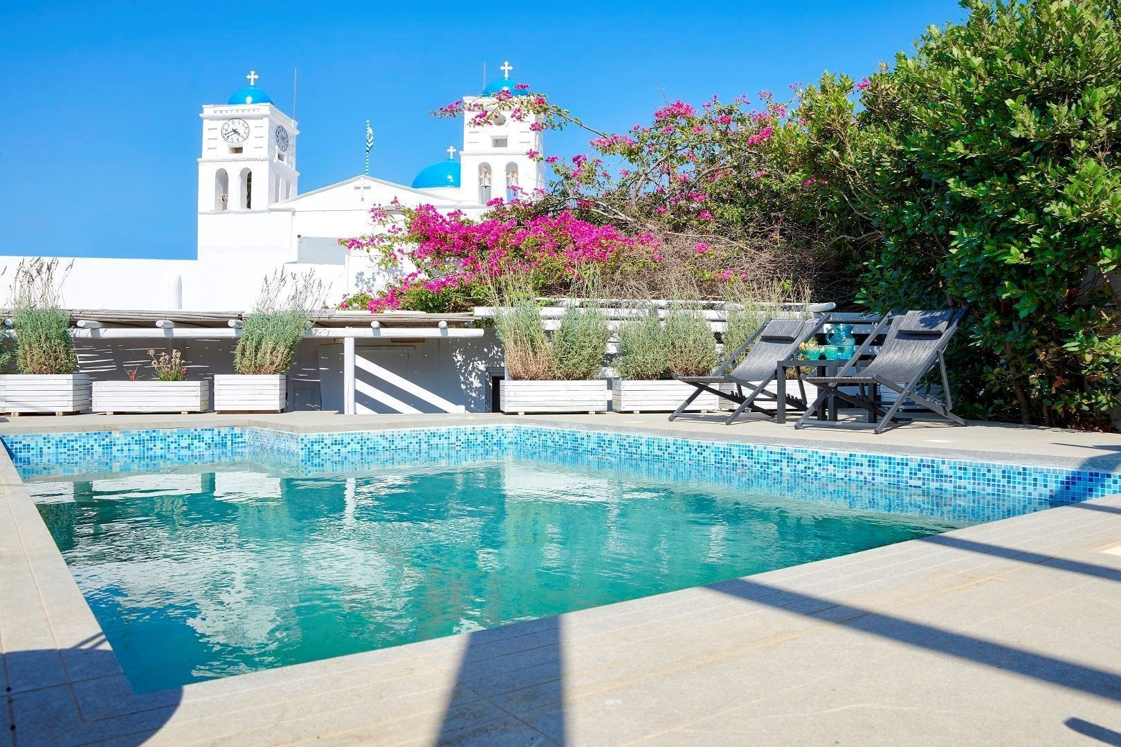 Patriarca Hotel in Sifnos / Aria Hotels