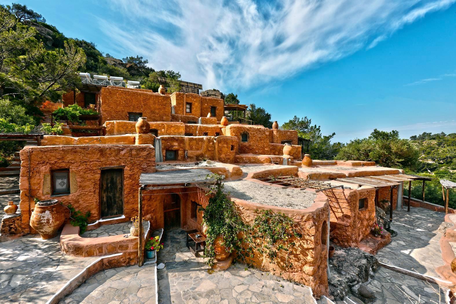 ''Aspros Potamos'' - Makrigialos Crete.