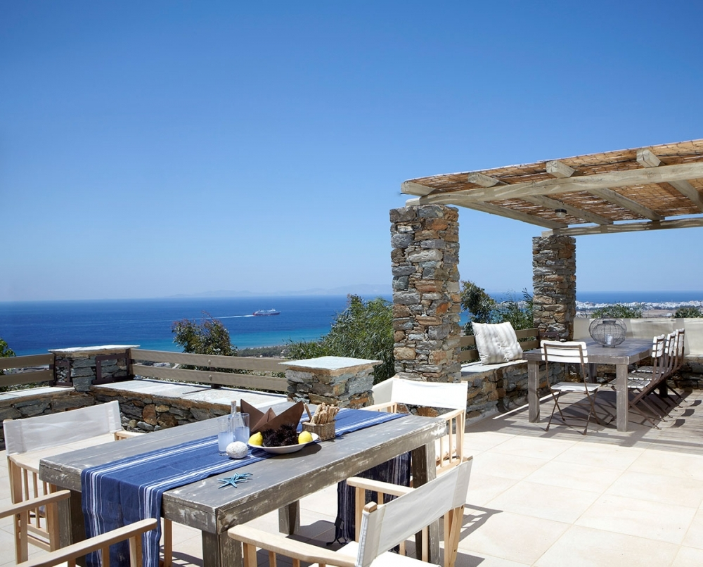 Diles and Rinies Estate in Tinos Island