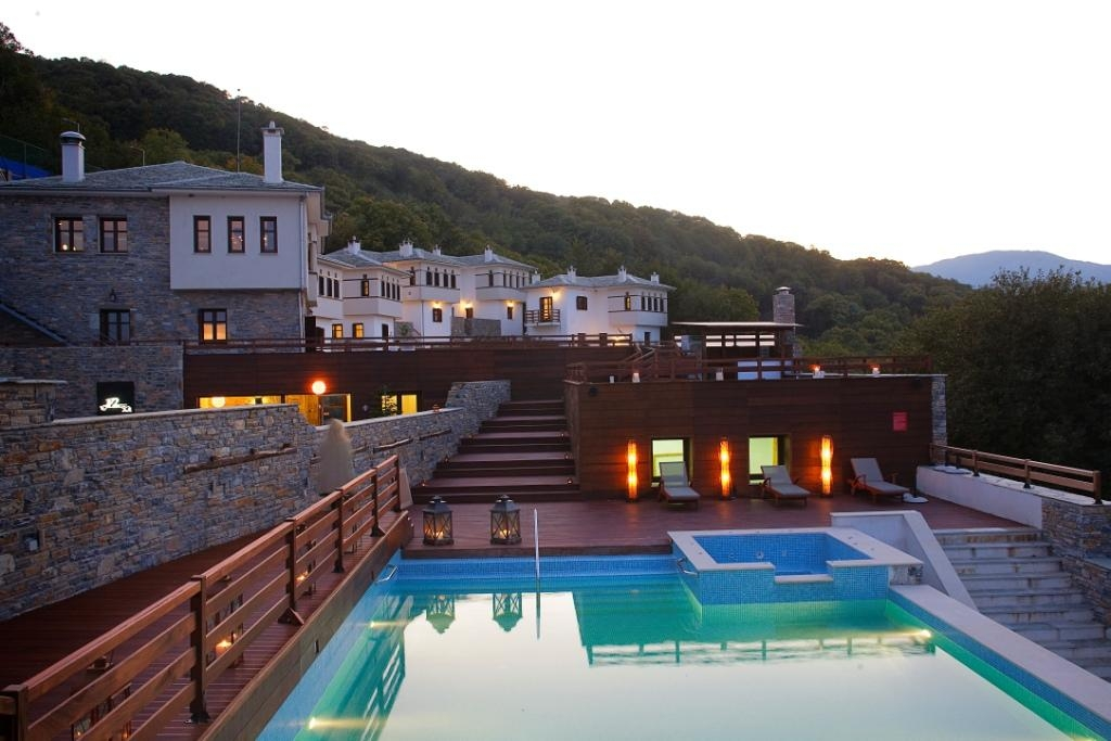 12 Months Luxury Resort Tsagarada, Pelion